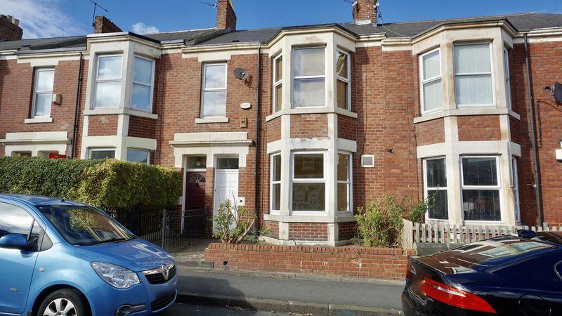 2 Bedrooms Apartment Flat for sale in WARTON TERRACE, Heaton