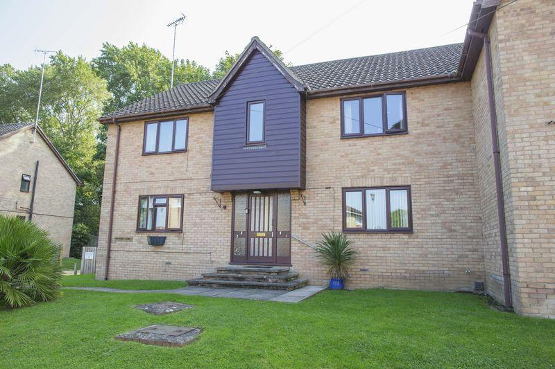 1 Bedroom Apartment Flat for sale in Riverside Court, Bury St. Edmunds