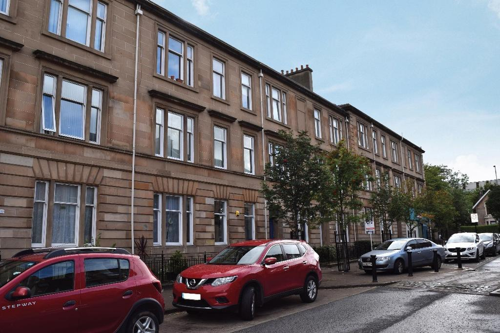 4 Bedrooms Flat for sale in McCulloch Street, Flat 1/1, Pollokshields, Glasgow, G41 1NT