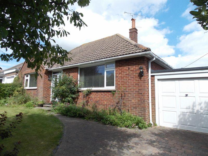 2 Bedrooms Bungalow for sale in Steyning