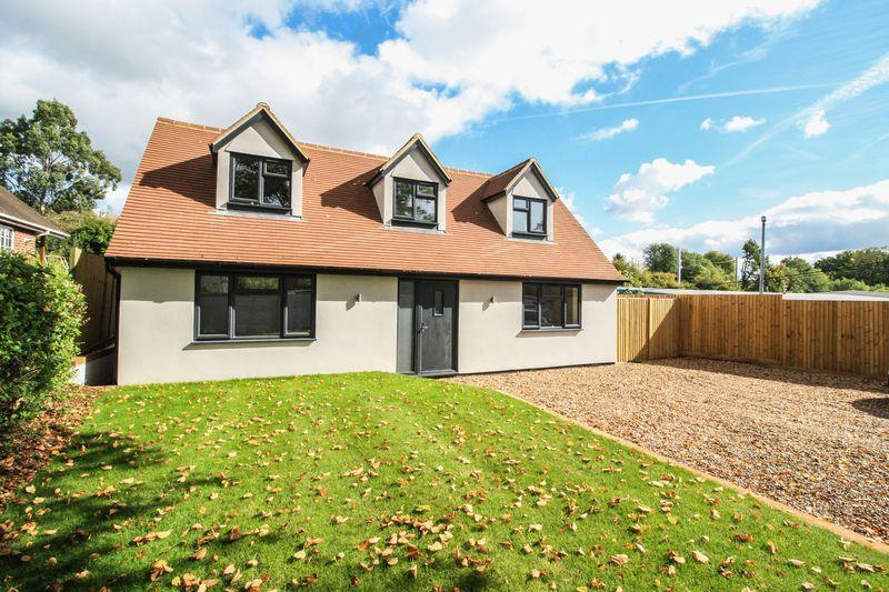 4 Bedrooms Detached House for sale in Maidenhead