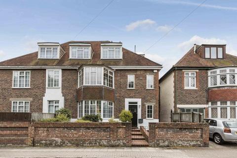 4 bedroom semi-detached house to rent - Queens Crescent, Southsea