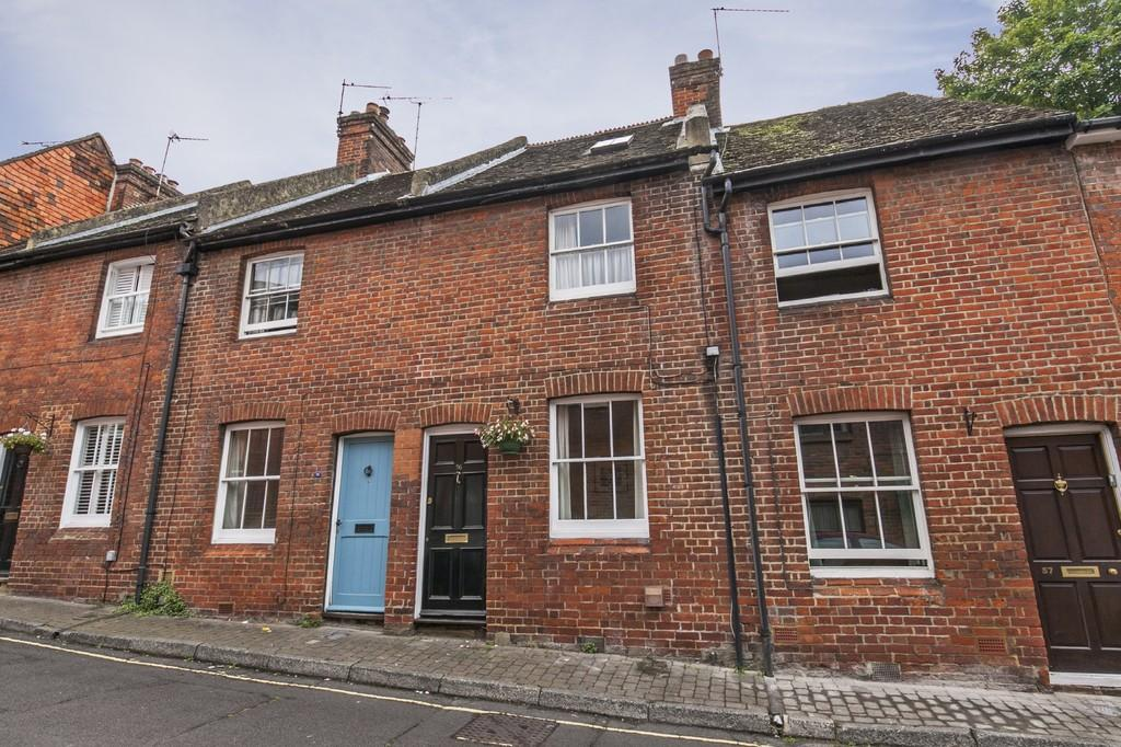 2 Bedrooms Terraced House for sale in St. Johns Street, Winchester, SO23