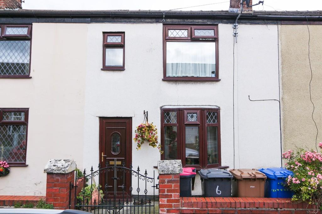 3 Bedrooms Cottage House for sale in 6 Fir Street, Cadishead, Manchester
