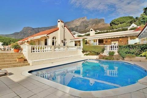 4 bedroom house  - Higgovale, Cape Town