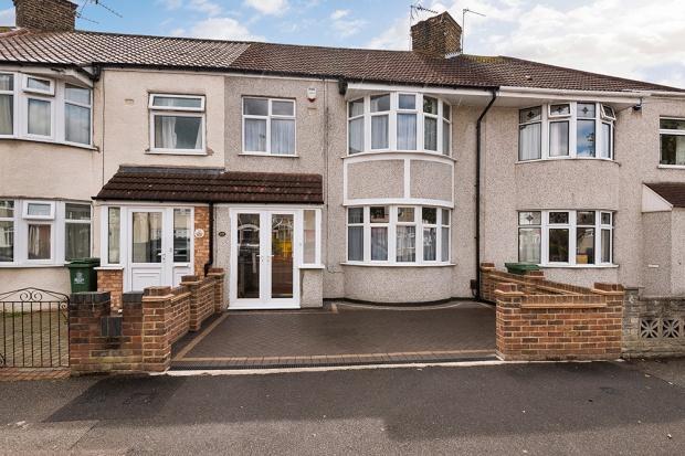 3 Bedrooms Terraced House for sale in Oldfield Road, Bexleyheath, DA7