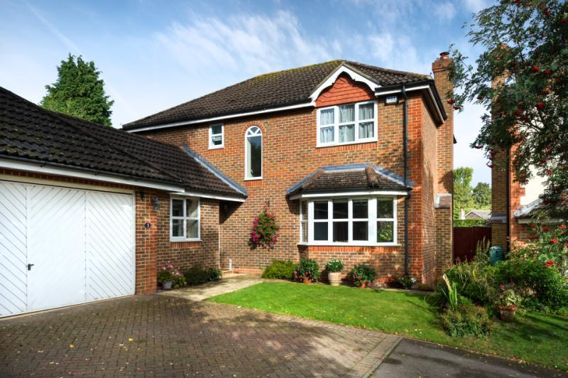 4 Bedrooms Detached House for sale in Old Nursery View, Kennington, Oxford