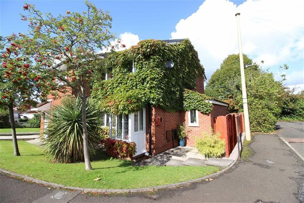 3 Bedrooms Semi Detached House for sale in Christchurch Road, Sale