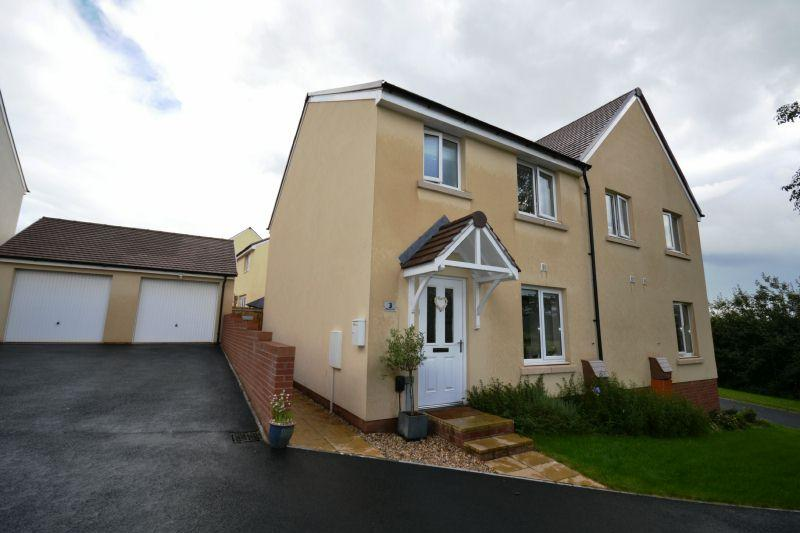 3 Bedrooms Semi Detached House for sale in PIPPIN SHARE, CRANBROOK