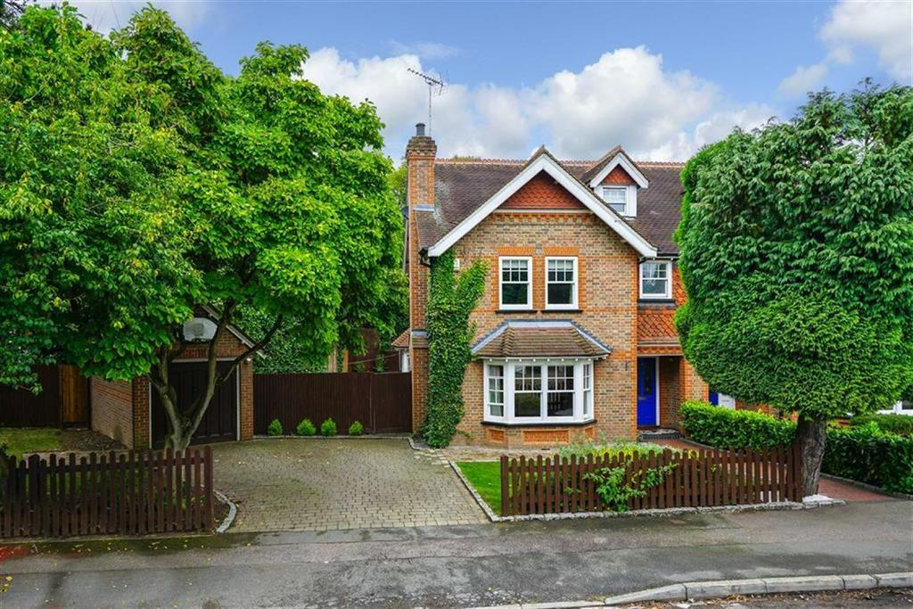 4 Bedrooms Semi Detached House for sale in Clarence Road, Harpenden, Hertfordshire, AL5