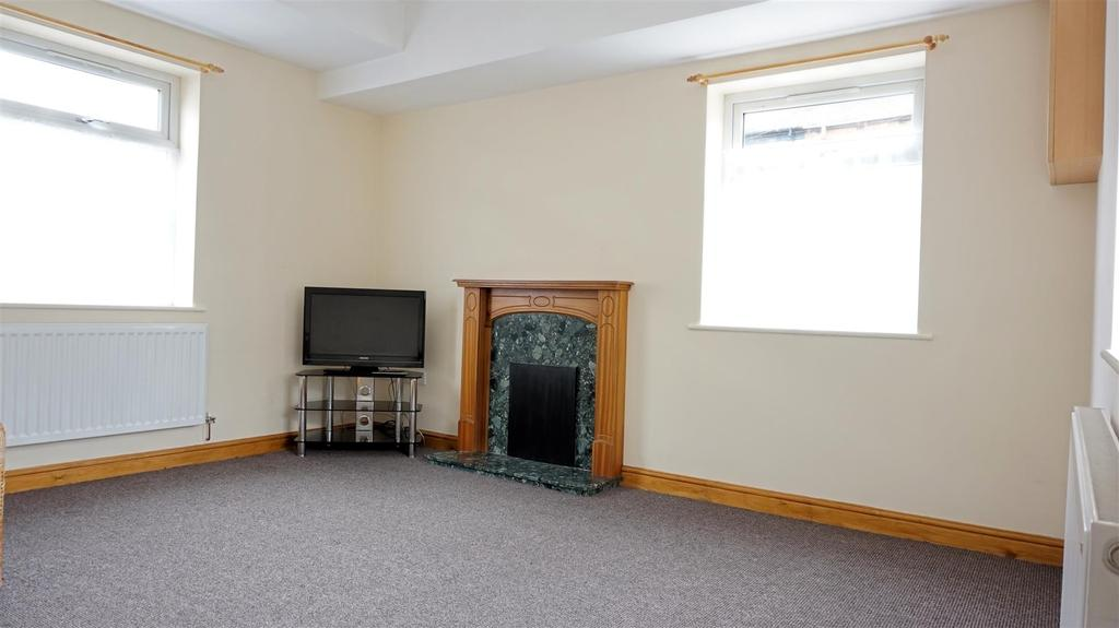 3 Bedrooms Terraced House for sale in Dimsdale View East, Porthill, Newcastle