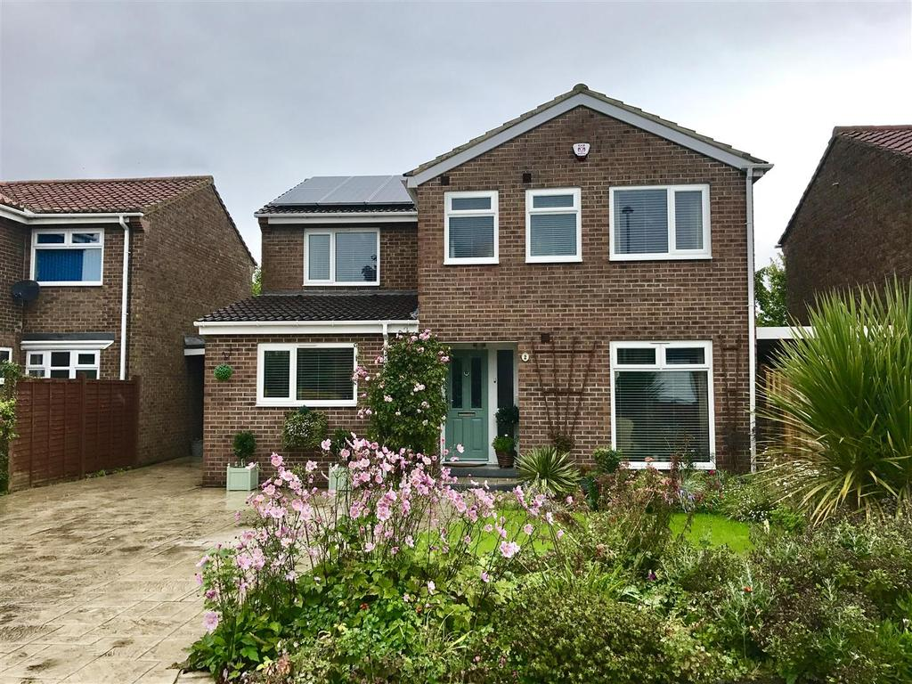 4 Bedrooms Detached House for sale in The Yew Walk, Long Newton, Stockton-On-Tees