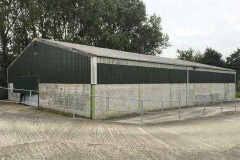 Light industrial to rent - Red House Farm, Blyborough, Gainsborough, Lincolnshire