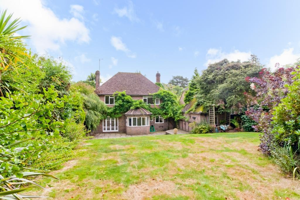 3 Bedrooms House for sale in Oathall Road, Haywards Heath, RH16