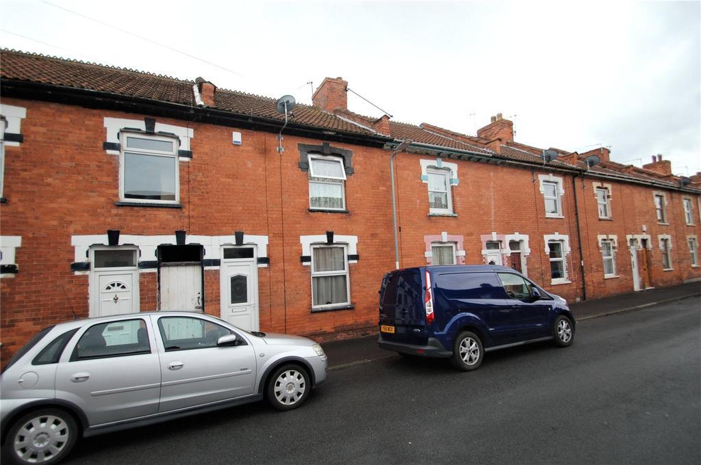 3 Bedrooms Terraced House for sale in Bailey Street, Bridgwater, Somerset, TA6