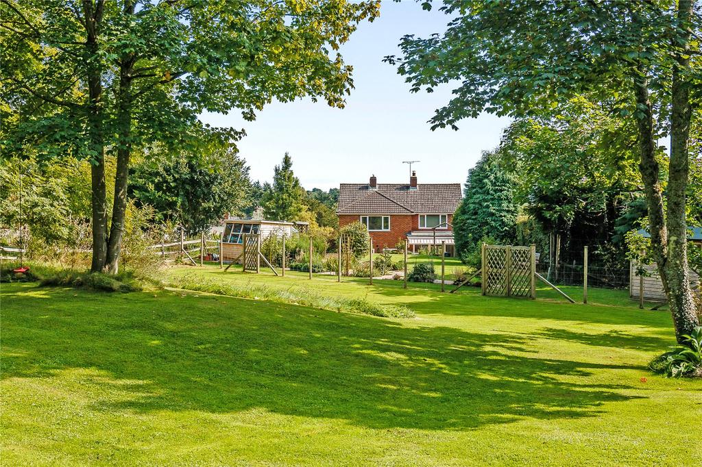 4 Bedrooms Detached House for sale in Kiln Lane, Redlynch, Salisbury