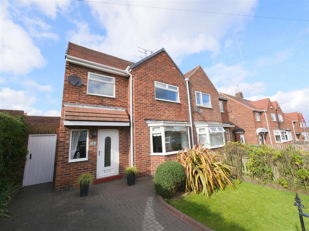 3 Bedrooms Semi Detached House for sale in Rothbury, Ryhope, Sunderland