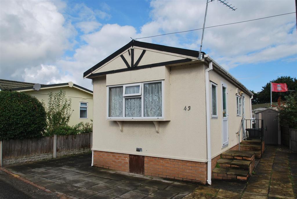 1 Bedroom Park Home Mobile Home for sale in Tilbey Drive, Marsh Lane, Frodsham