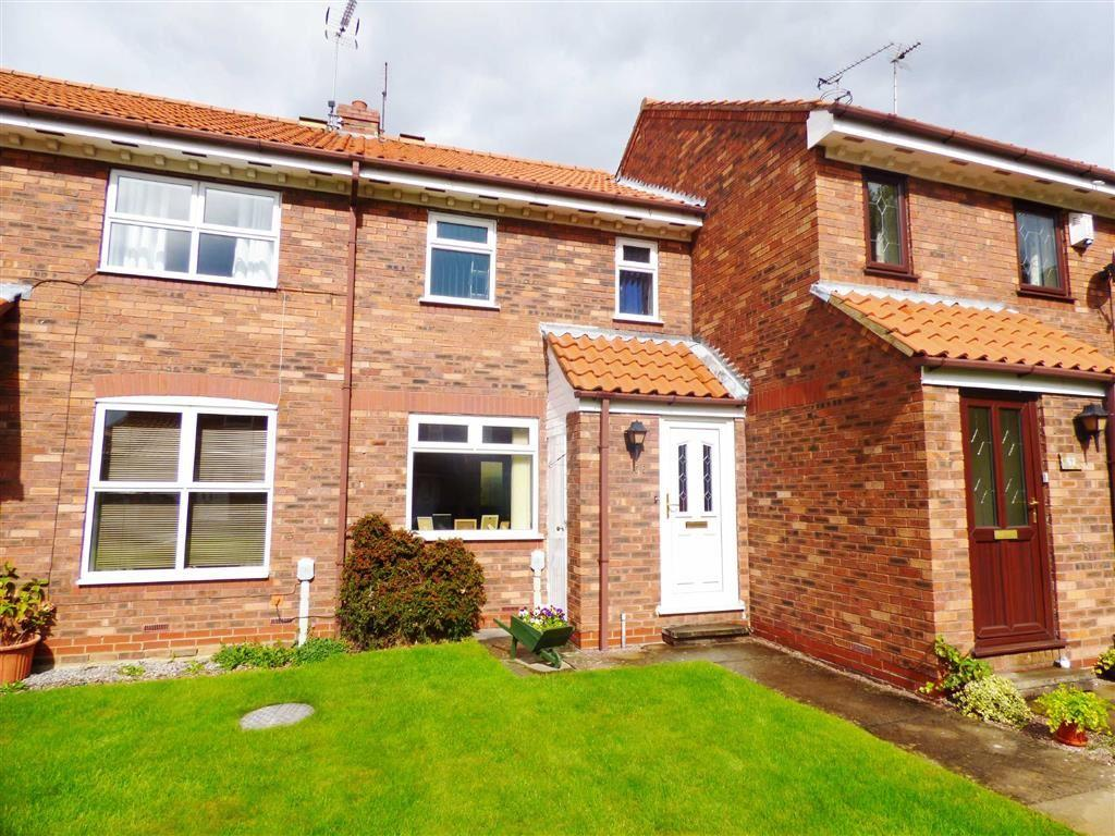 2 Bedrooms Terraced House for sale in Minster Avenue, Beverley