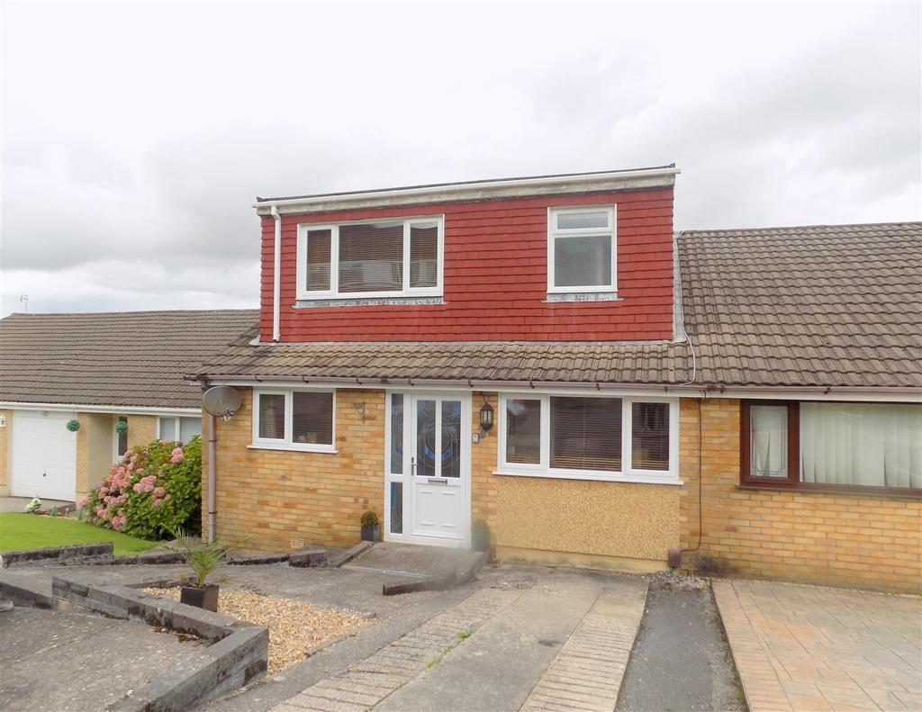 2 Bedrooms Semi Detached House for sale in Wren Avenue, Neath