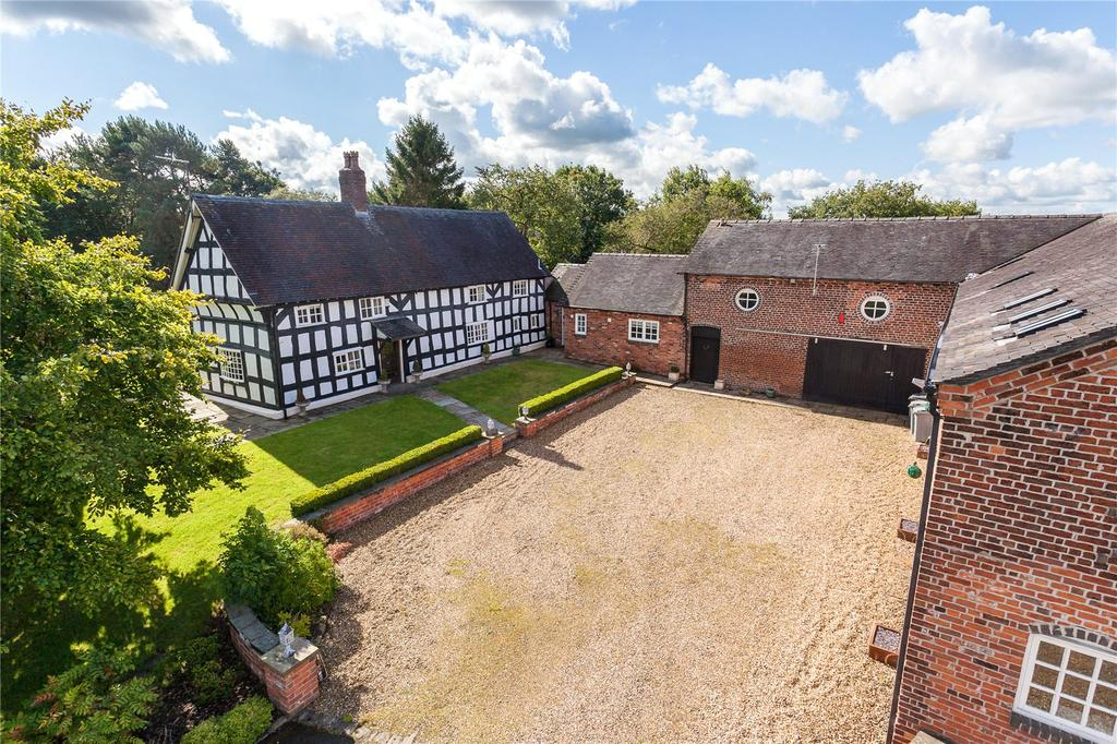 4 Bedrooms Detached House for sale in Roughwood Lane, Hassall Green, Sandbach, Cheshire, CW11