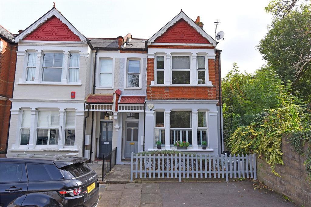 2 Bedrooms Flat for sale in Gartmoor Gardens, London, SW19