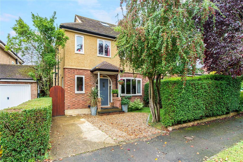 5 Bedrooms Semi Detached House for sale in Pondfield Crescent, St. Albans, Hertfordshire, AL4