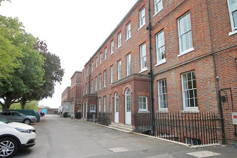 3 bedroom flat for sale - Haslar Terrace, Gosport, Hampshire