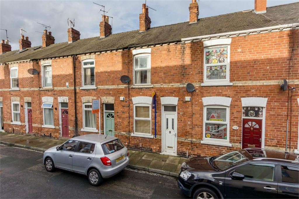 2 Bedrooms Terraced House for sale in Rosebery Street, Leeman Road, York