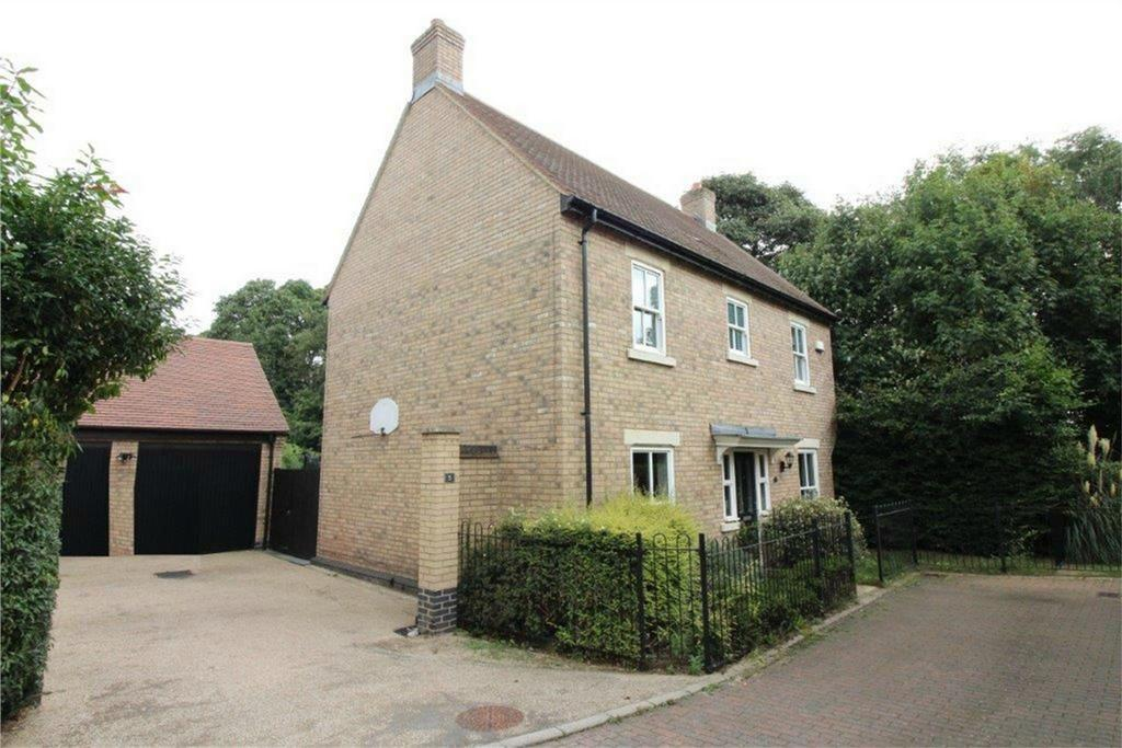 4 Bedrooms Detached House for sale in Gladstone Drive, Fairfield, Stotfold, Hitchin, Hertfordshire