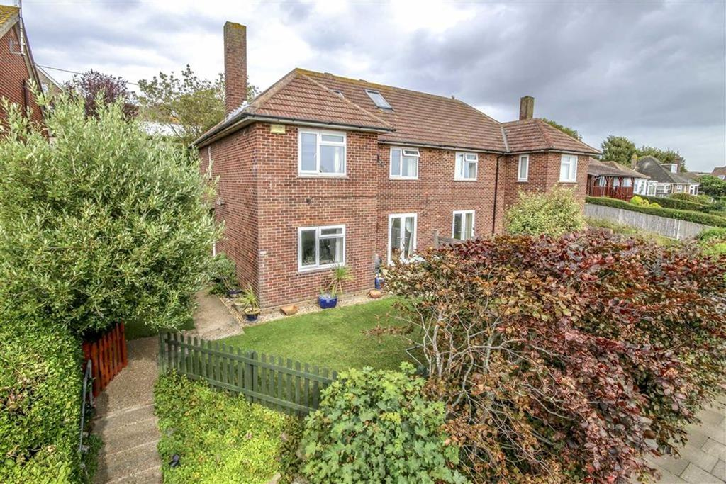 4 Bedrooms Semi Detached House for sale in Beresford Road, Newhaven