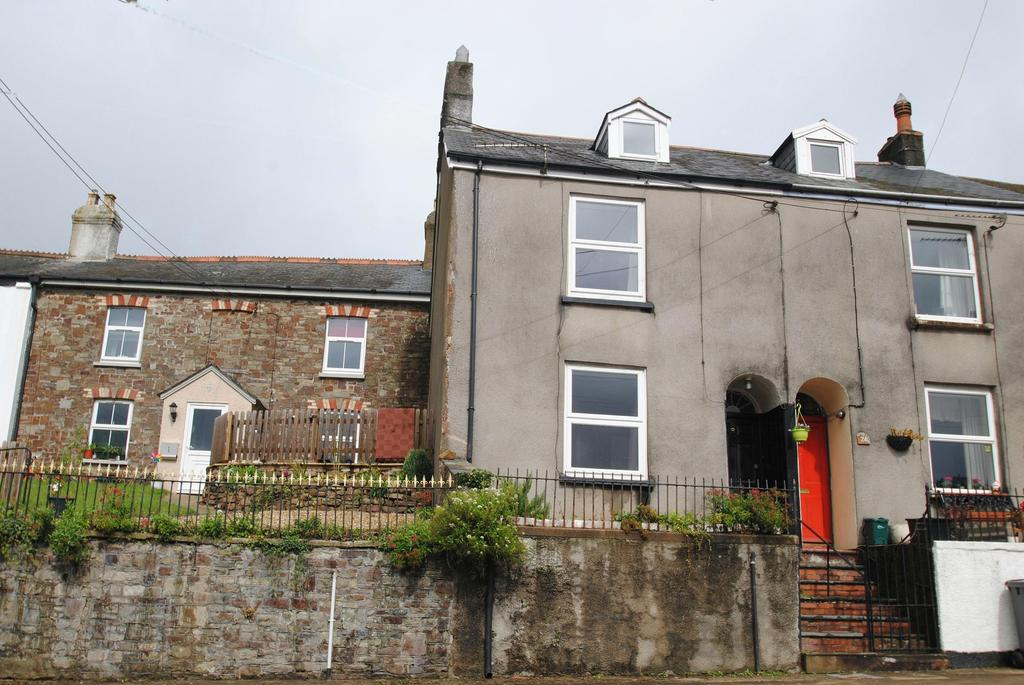 2 Bedrooms Terraced House for sale in West Street, South Molton