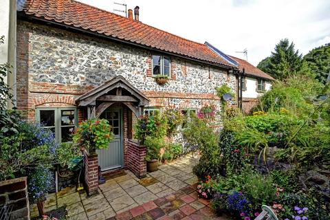 3 bedroom semi-detached house for sale - The Street, Trowse, Norwich, Norfolk