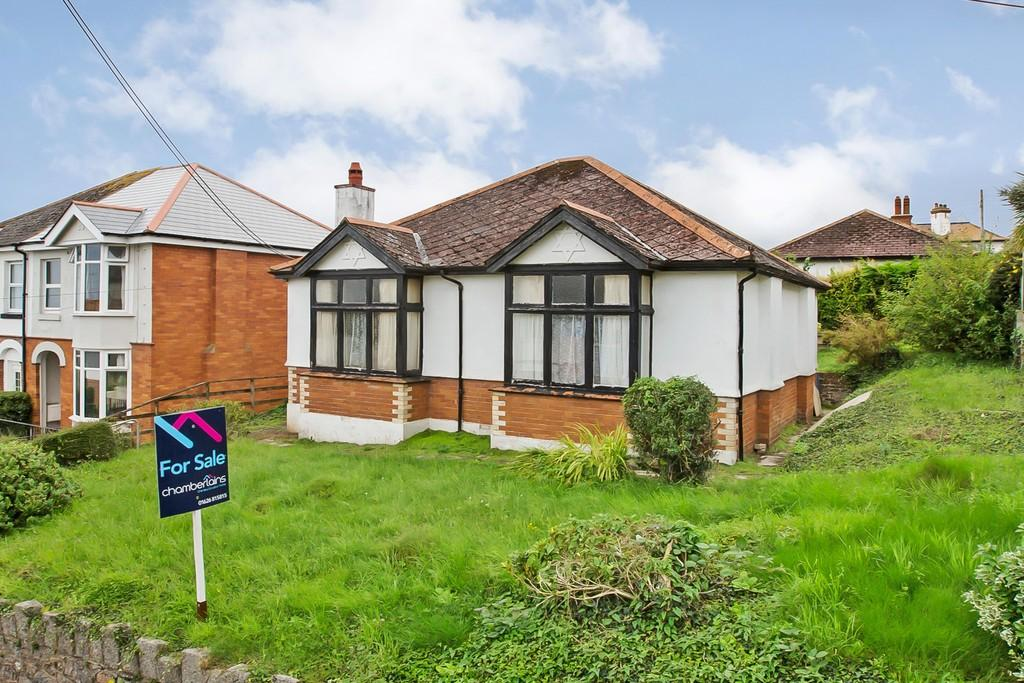 3 Bedrooms Detached Bungalow for sale in Mill Lane, Teignmouth, TQ14 9AZ
