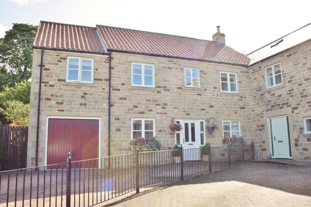 5 Bedrooms Semi Detached House for sale in St Andrews Meadow, Kirkby Malzeard