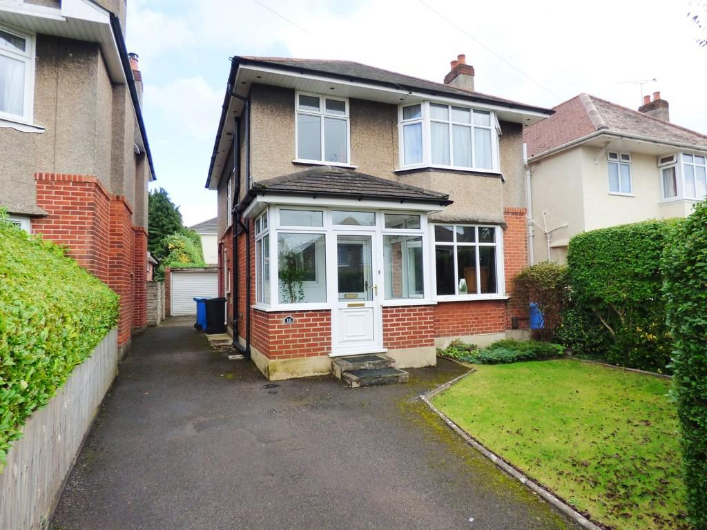 3 Bedrooms Detached House for sale in Linthorpe Road, Oakdale