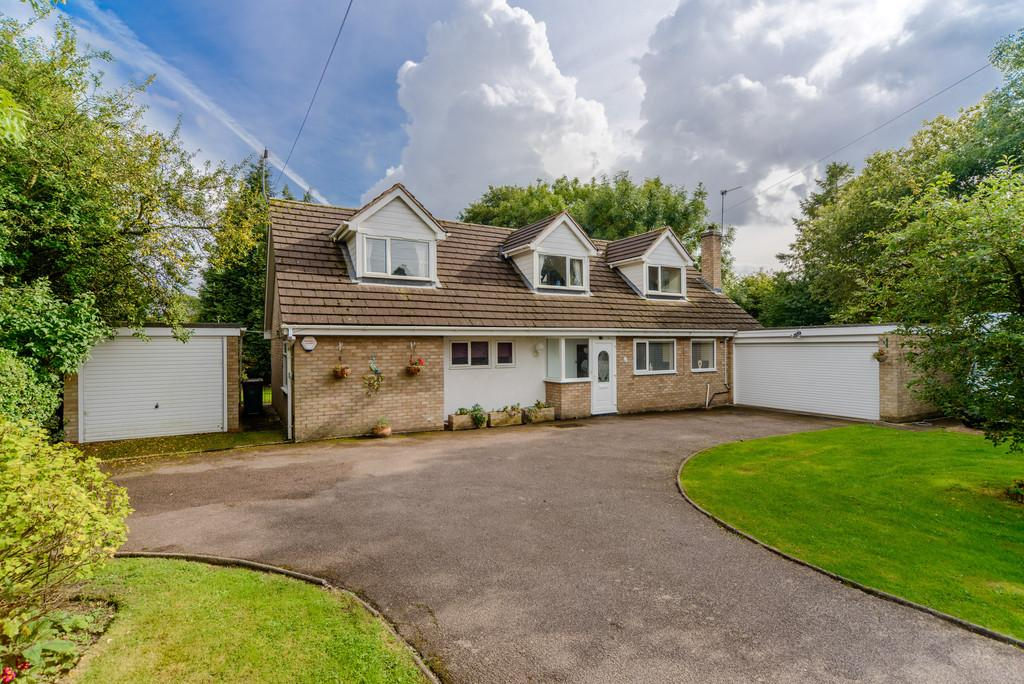 4 Bedrooms Detached Bungalow for sale in Brick Hill Lane, Allesley