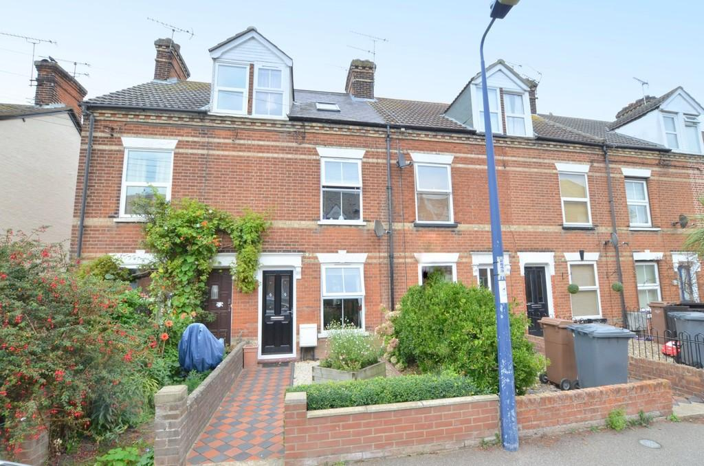 3 Bedrooms Terraced House for sale in Gainsborough Road, Felixstowe