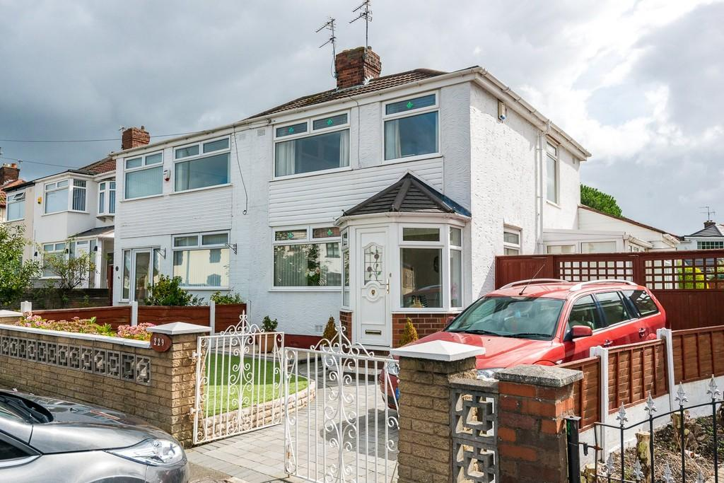 3 Bedrooms Semi Detached House for sale in Windy Arbor Road, Whiston, Prescot