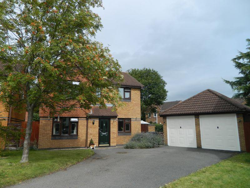 3 Bedrooms Detached House for sale in Arley Walk, Sandbach