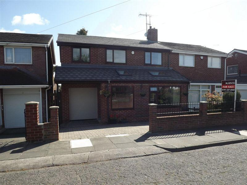 4 Bedrooms Semi Detached House for sale in Acomb Avenue, Seaton Delaval