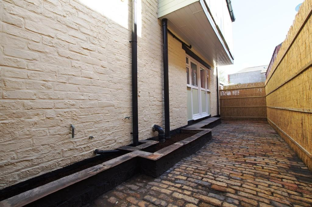 3 Bedrooms Detached House for sale in 31a Sussex Street, Scarborough