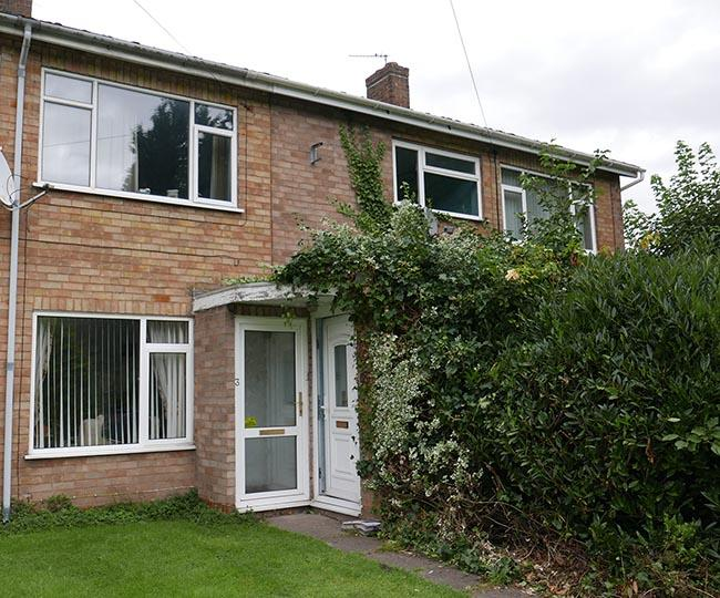2 Bedrooms Maisonette Flat for sale in Lichfield Road, Coleshill, West Midlands, B46