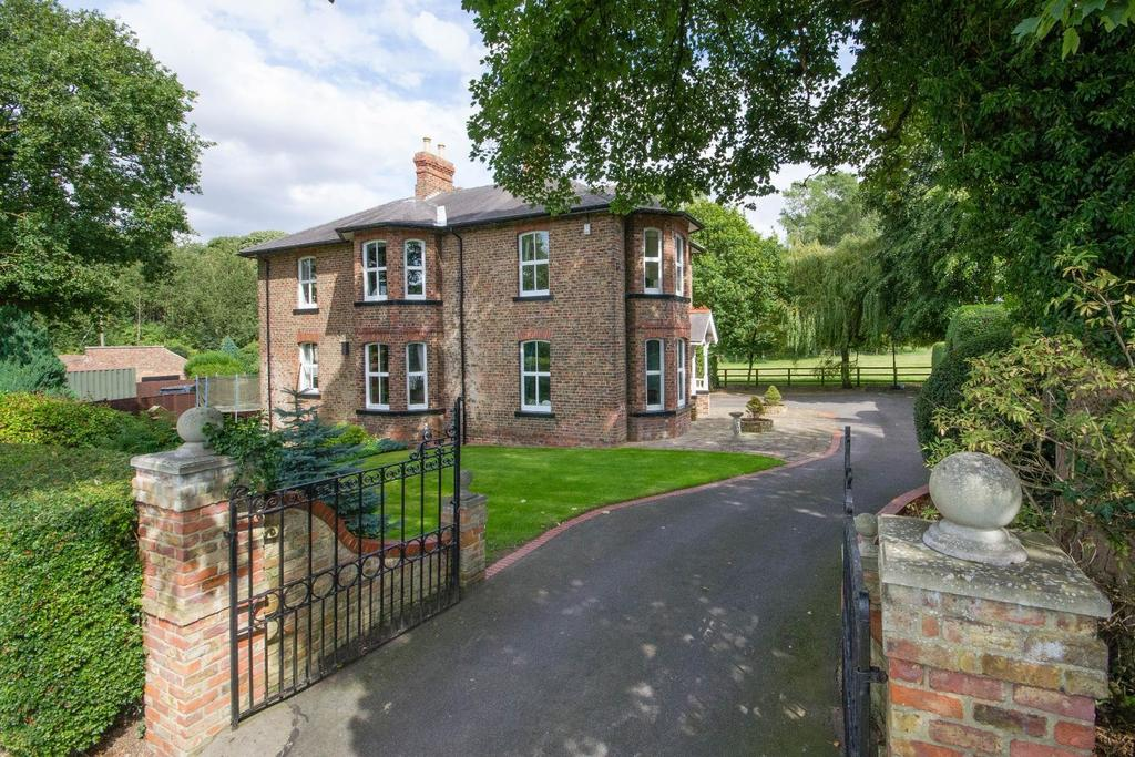 4 Bedrooms House for sale in Boroughbridge, York