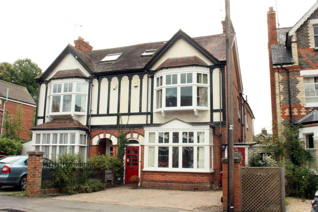 6 Bedrooms Semi Detached House for sale in Bulmershe Road, Reading