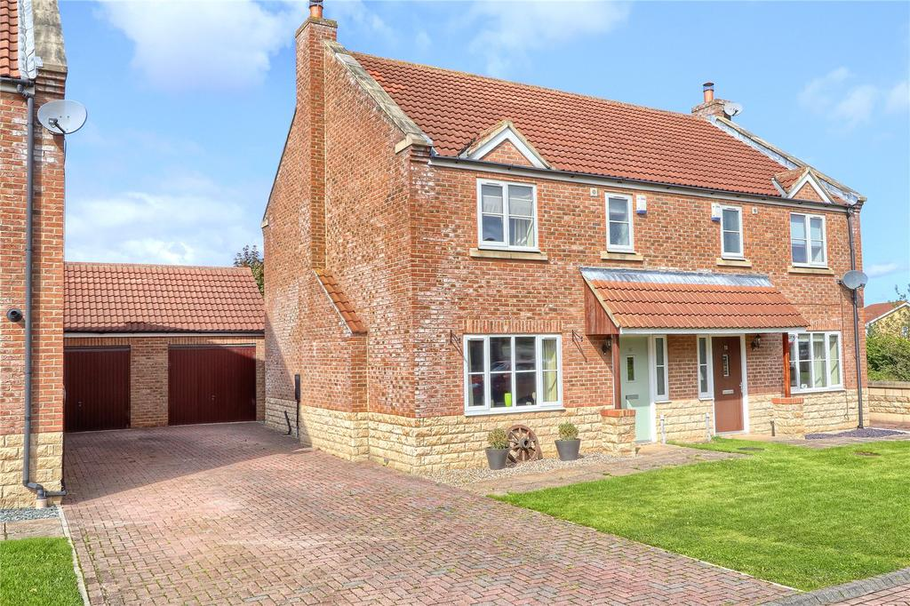 3 Bedrooms Semi Detached House for sale in Farmside Mews, Marton