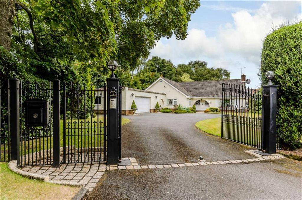 3 Bedrooms Detached Bungalow for sale in The Headlands, Little Aston Park