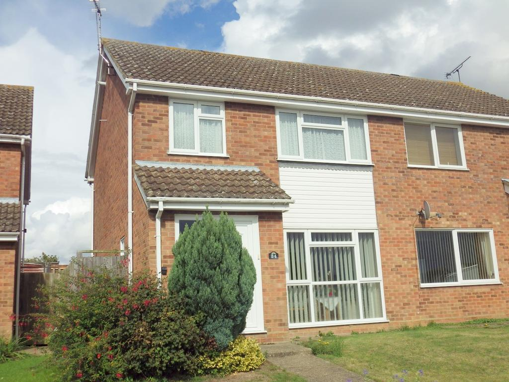 3 Bedrooms Semi Detached House for sale in thirlmere drive, stowmarket IP14