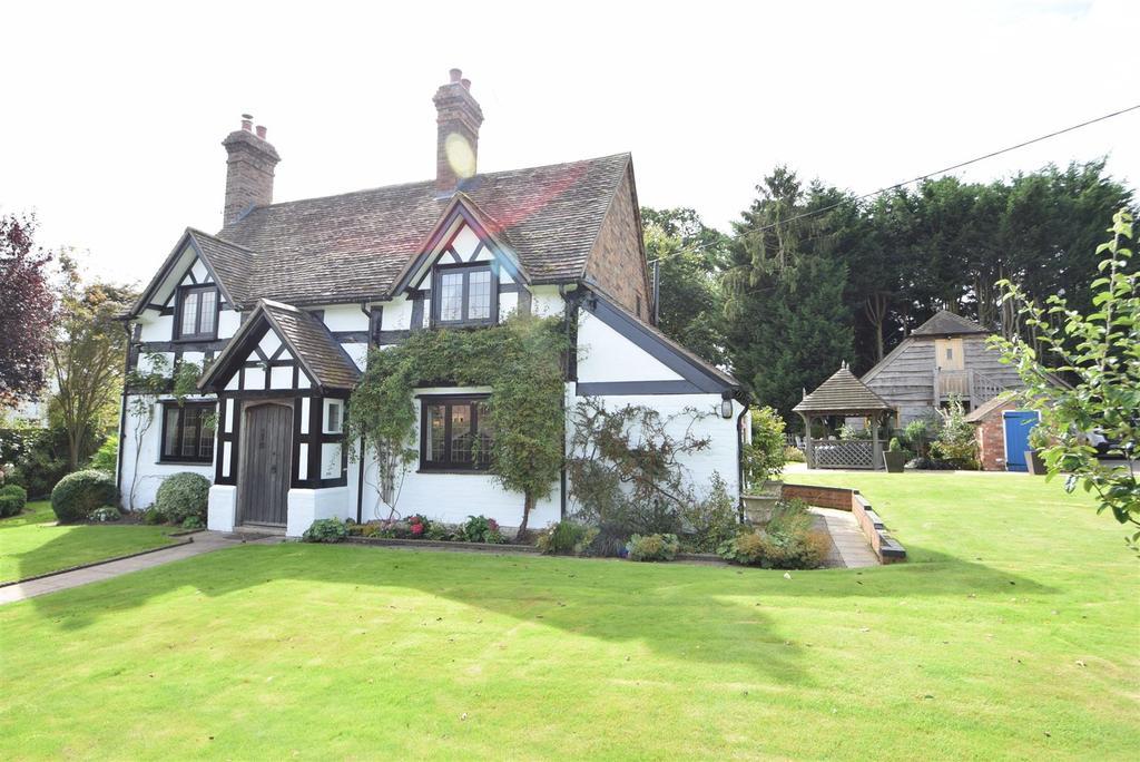 4 Bedrooms Detached House for sale in 12 Longnor, Nr Shrewsbury, SY5 7PP