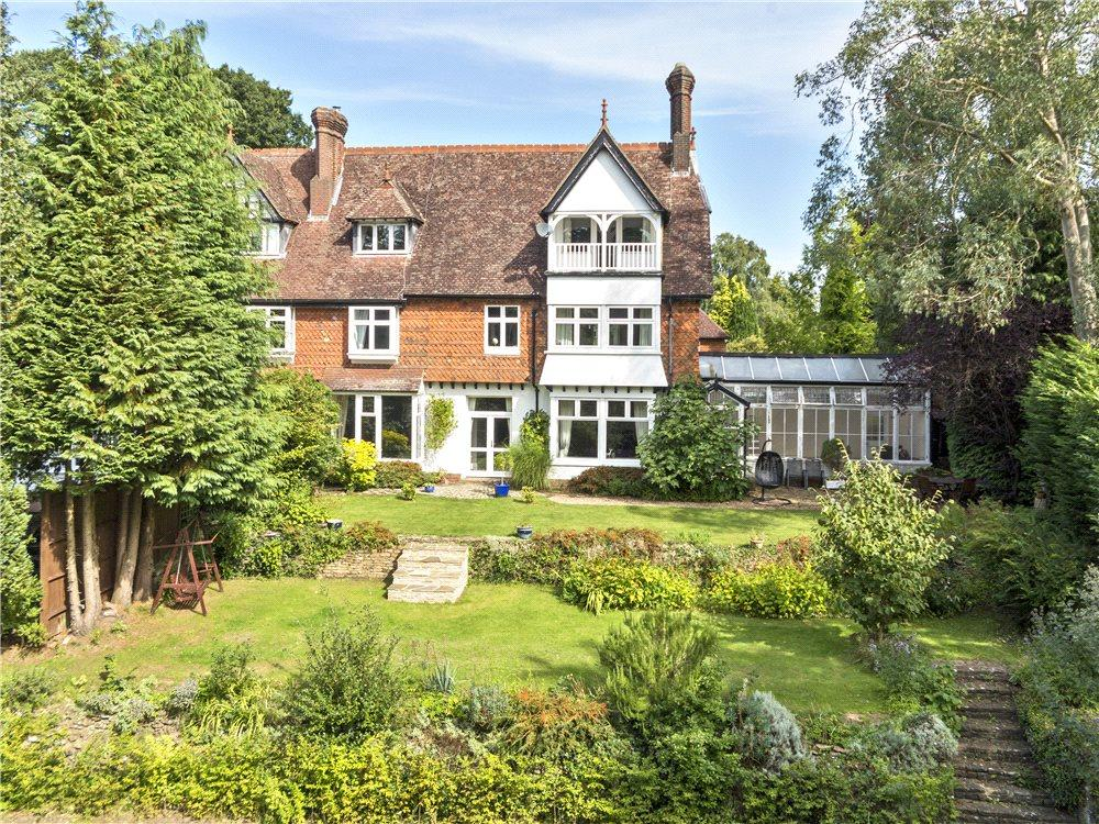 6 Bedrooms Terraced House for sale in Combe Lane, Wormley, Godalming, Surrey, GU8